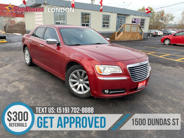 2013 CHRYSLER 300 HEMI   LEATHER   SUNROOF   NAVIGATION in London, Ontario