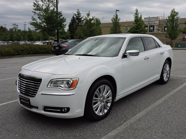 2014 CHRYSLER 300 HEMI AWD in Surrey, British Columbia