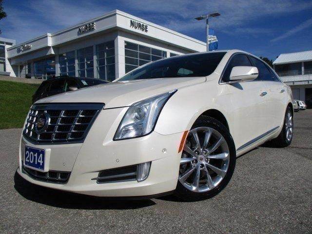 2014 Cadillac XTS Luxury Collection in Whitby, Ontario