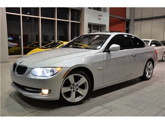 2011 BMW 3 Series 328 i i xDrive (E92)Premium Pkg With Only 18.387 Kms! in Oakville, Ontario