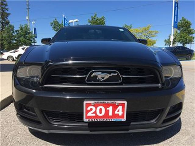2014 Ford Mustang REARVIEW CAMERA, ACCIDENT-FREE in Scarborough, Ontario
