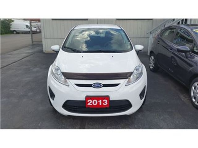 2013 Ford Fiesta SE Hatchback in Burlington, Ontario