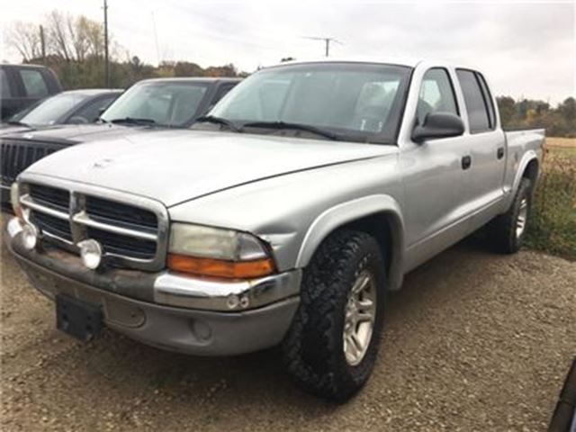 2004 Dodge Dakota SLT in Brantford, Ontario
