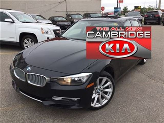 2013 BMW 3 SERIES 320i xDrive 1 OWNER NO ACCIDENTS in Cambridge, Ontario