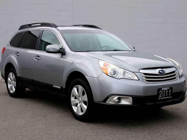2011 SUBARU OUTBACK 2.5i Limited in Kelowna, British Columbia