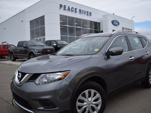 2015 NISSAN ROGUE S in Peace River, Alberta
