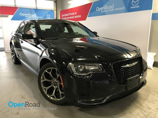 2016 CHRYSLER 300 300S RWD A/T No Accdient Local Leather Bluetoot in Port Moody, British Columbia