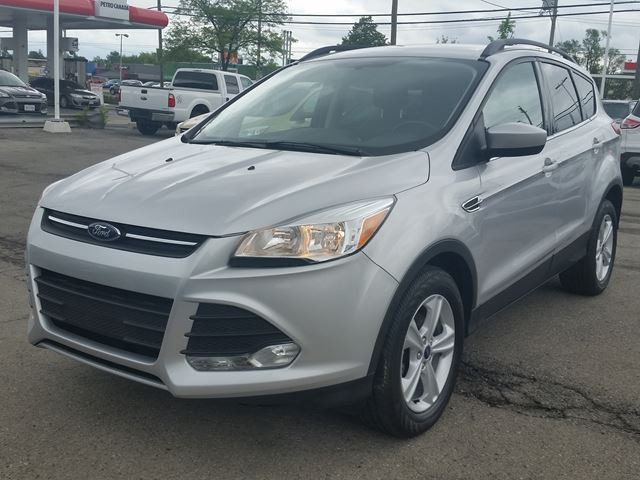 2015 FORD Escape SE in Hamilton, Ontario