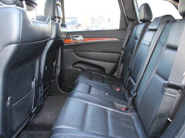 used 2013 jeep grand cherokee overland hemi local. Black Bedroom Furniture Sets. Home Design Ideas