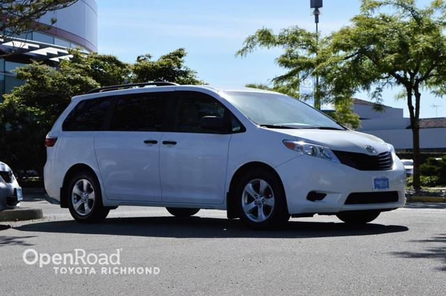 2015 Toyota Sienna           in Richmond, British Columbia