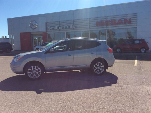2011 NISSAN ROGUE SV in Smiths Falls, Ontario