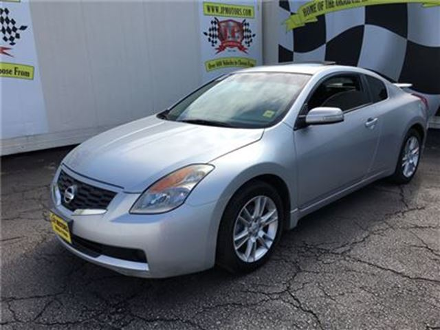 2008 Nissan Altima 3.5 SE, Automatic, Sunroof, Heated Seats in Burlington, Ontario
