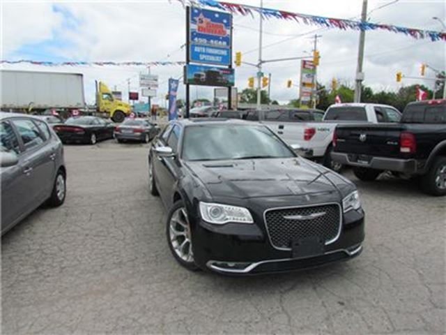 2016 CHRYSLER 300 PLATINUM   V6   PANO ROOF   LEATHER   NAV   BACKUP in London, Ontario
