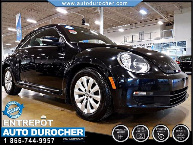 2012 VOLKSWAGEN NEW BEETLE  COMFORTLINE - AIR CLIMATISn++ in Laval, Quebec