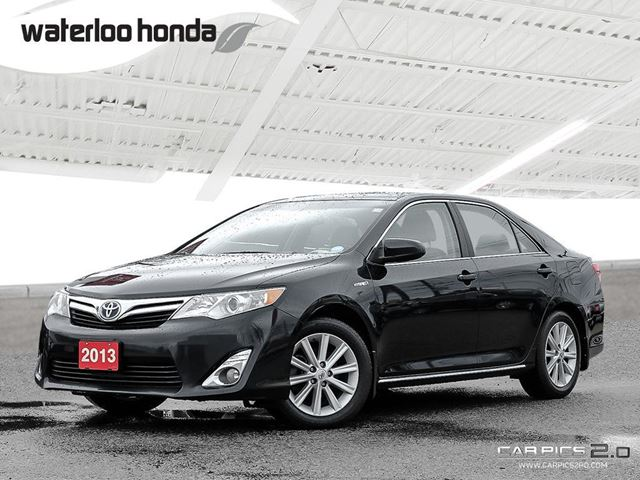 2013 Toyota Camry Hybrid XLE Hybrid, One Owner, Navigation, Back Up Camera and More! in Waterloo, Ontario