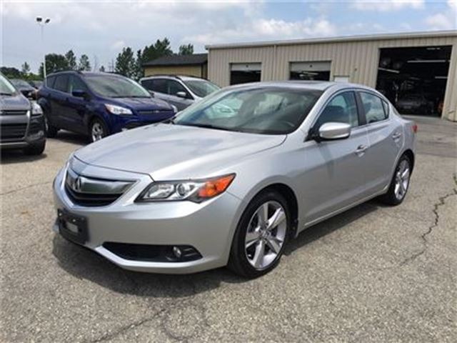 2013 ACURA ILX Tech Pkg/LEATHER/SUNROOF/BACKUP CAM/HEATED SEATS in Fonthill, Ontario