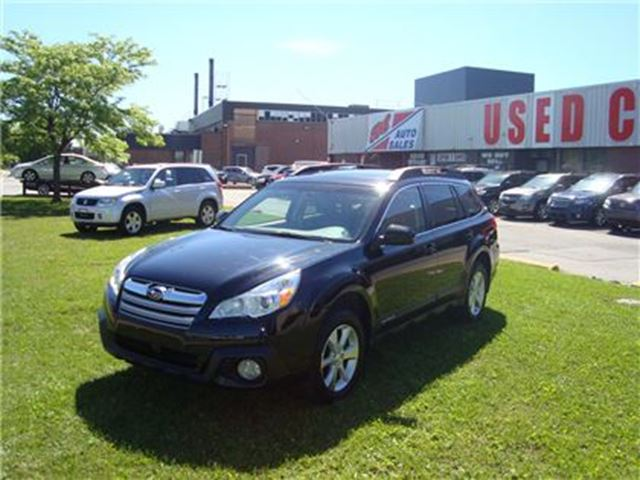 2014 Subaru Outback 3.6R Limited Package ~ NAVIGATION ~ LEATHER ~ in Toronto, Ontario