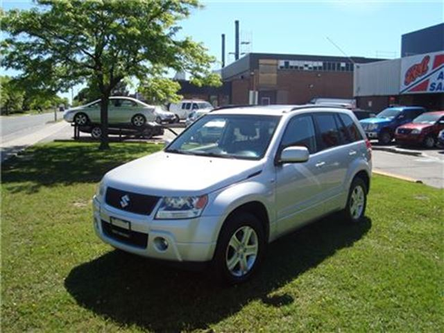 2008 Suzuki Grand Vitara JLX-L ~ LEATHER ~ AWD ~ SUNROOF ~ in Toronto, Ontario