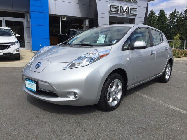 2012 NISSAN LEAF SV in Victoria, British Columbia