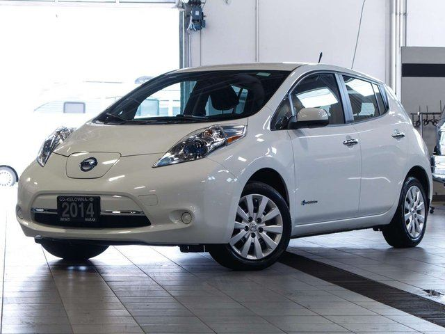 2014 Nissan Leaf S Electric w/Quick Charge Package in Kelowna, British Columbia