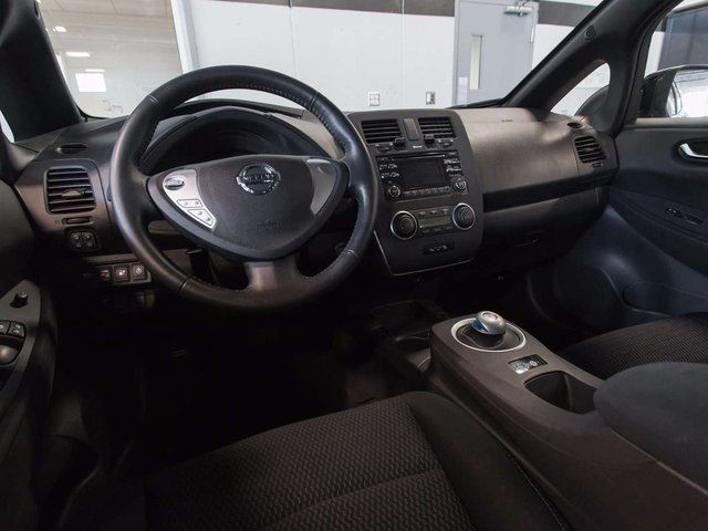 2013 nissan leaf s electric w quick charge package. Black Bedroom Furniture Sets. Home Design Ideas