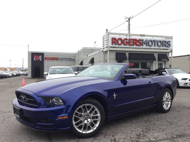 2013 Ford Mustang - CONV. - LEATHER - BLUETOOTH in Oakville, Ontario