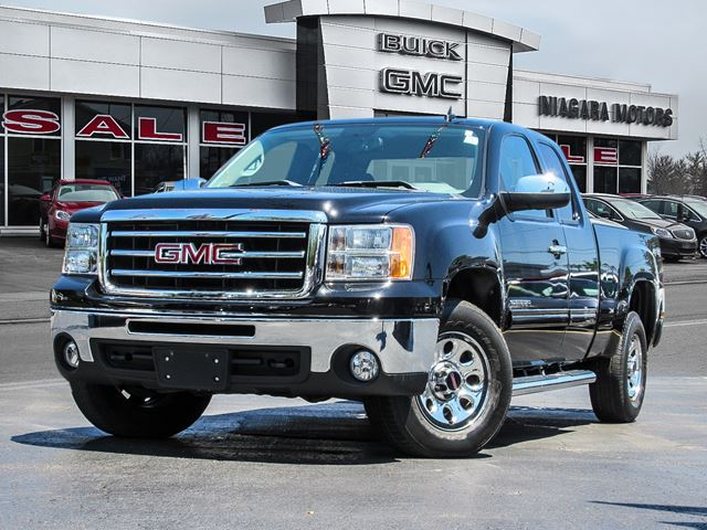 2012 GMC Sierra 1500 SL Ext. Cab 4WD **Purchased, serviced AND TRADE in Virgil, Ontario