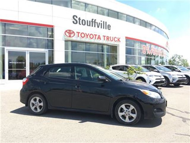 2013 Toyota Matrix Base - Auto & Moonroof! in Stouffville, Ontario