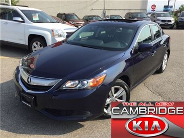 2013 Acura ILX 1 OWNER NO ACCIDENTS LEATHER ROOF in Cambridge, Ontario