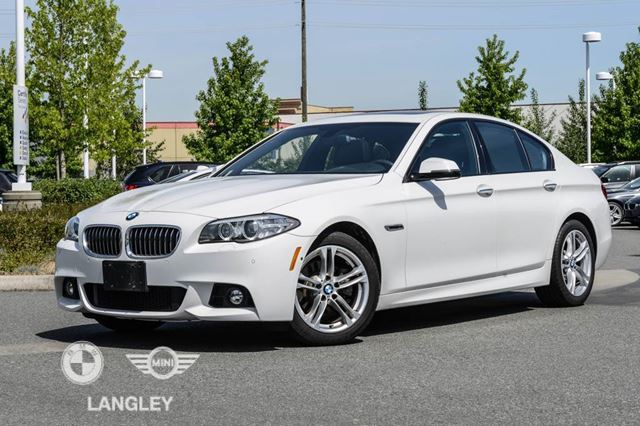 2014 BMW 5 Series 528 Premium Package and ConnectedDrive Services! in Langley, British Columbia