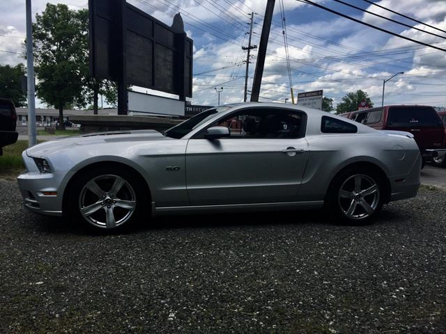 2013 ford mustang gt glass roof perth ontario car for sale 2803249. Black Bedroom Furniture Sets. Home Design Ideas