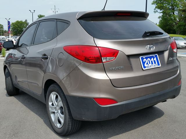 2011 hyundai tucson gl fwd brantford ontario car for. Black Bedroom Furniture Sets. Home Design Ideas
