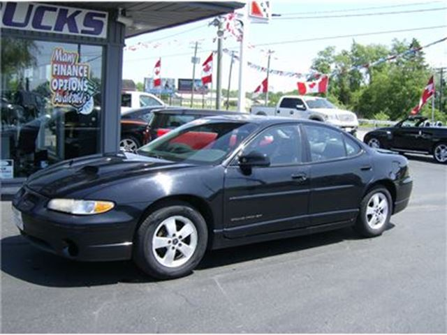 2003 PONTIAC GRAND PRIX GT GOOD LOOKIN CAR!!! in Welland, Ontario