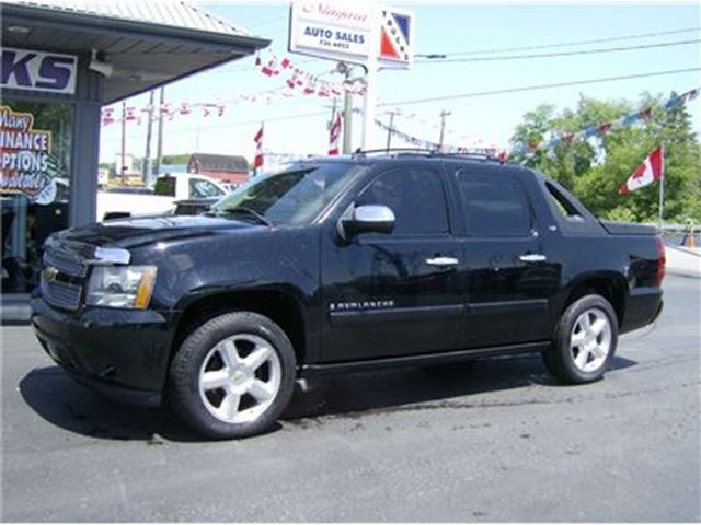 2008 Chevrolet Avalanche LTZ TOP OF THE LINE !! SWEET !!! in Welland, Ontario