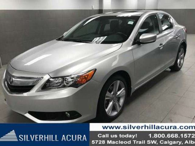 2014 ACURA ILX Premium Package Sedan *Leather, Sunroof* in Calgary, Alberta