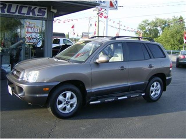 2006 Hyundai Santa Fe GREAT LOW KMS !!! 4X4 in Welland, Ontario