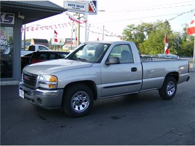2007 GMC SIERRA 1500 REG CAB LONG BOX !! WE FINANCE !! in Welland, Ontario