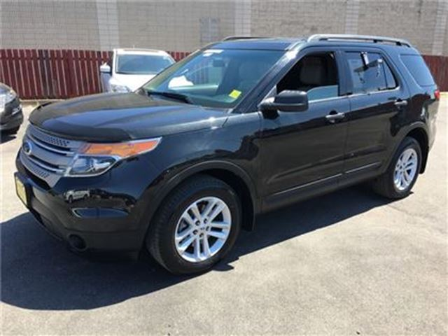 2015 Ford Explorer Automatic, Steering Wheel Controls, AWD, 47,000km in Burlington, Ontario