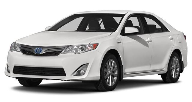 2016 TOYOTA Camry Hybrid LE in Bolton, Ontario
