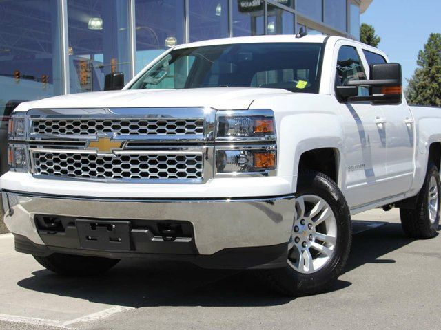 2015 CHEVROLET SILVERADO 1500 4WD CREW CAB 143.5 in Kamloops, British Columbia