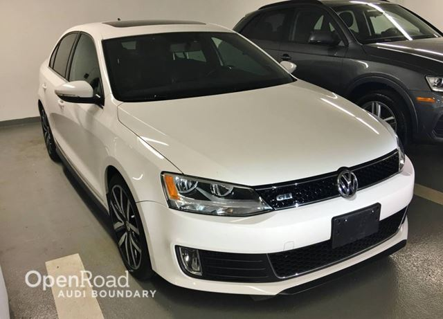 2012 VOLKSWAGEN JETTA GLI 4dr Sdn DSG NAVIGATION  BACK UP CAMERA in Vancouver, British Columbia