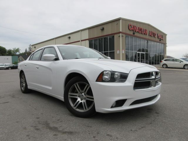 2013 Dodge Charger SXT, ROOF,  ALLOYS, BT, HTD. SEATS, 82K! in Stittsville, Ontario
