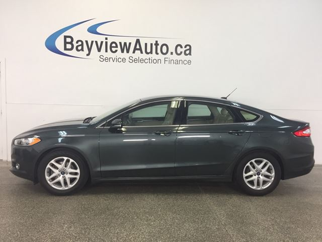 2016 FORD FUSION SE- ECOBOOST! KEYPAD ENTRY! HEATED LEATHER! SYNC! in Belleville, Ontario