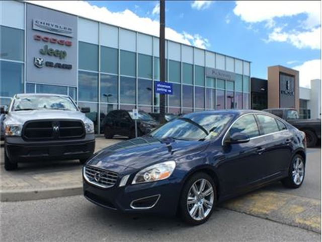 2012 VOLVO S60 T5 LEATHER SUNROOF BLUETOOTH in Pickering, Ontario
