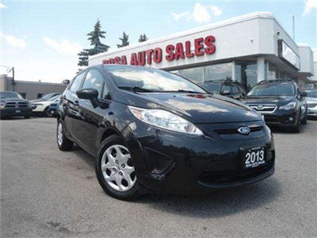 2013 Ford Fiesta 5dr HB AUTO LOW KM NO ACCIDENT FACTORY WARRANTY BL in Oakville, Ontario