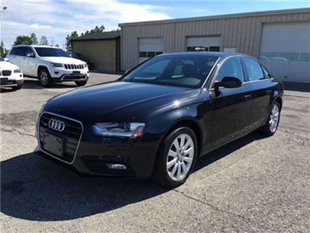 2013 AUDI A4 LEATHER/SUNROOF/HEATED SEATS in Fonthill, Ontario