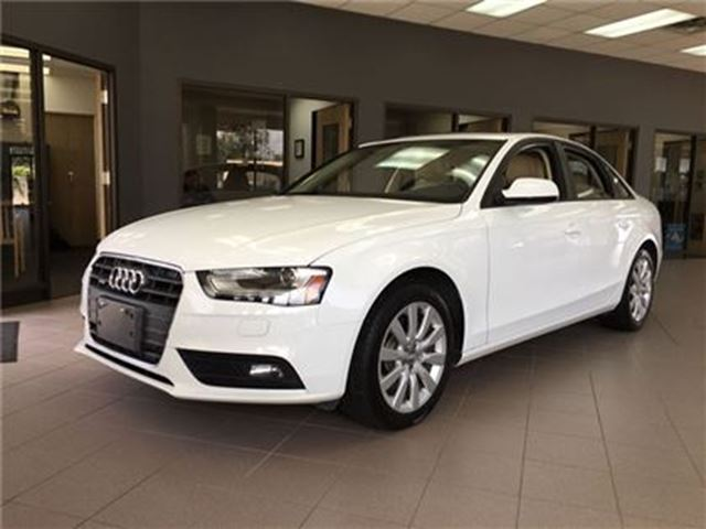 2013 AUDI A4 LEATHER/BLUETOOTH/HEATED SEATS/SUNROOF in Fonthill, Ontario