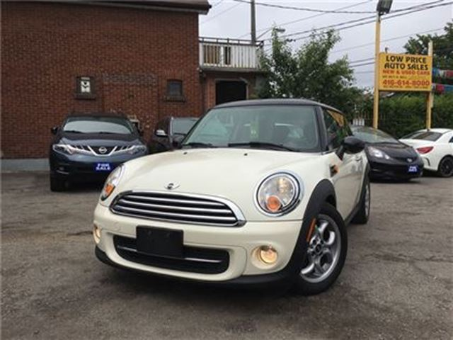 2013 MINI COOPER Cooper, Leather, PanoramicRoof, Alloys&Warranty* in Toronto, Ontario