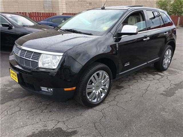 2010 LINCOLN MKX Limited, Leather, Panoramic Sunroof, AWD in Burlington, Ontario