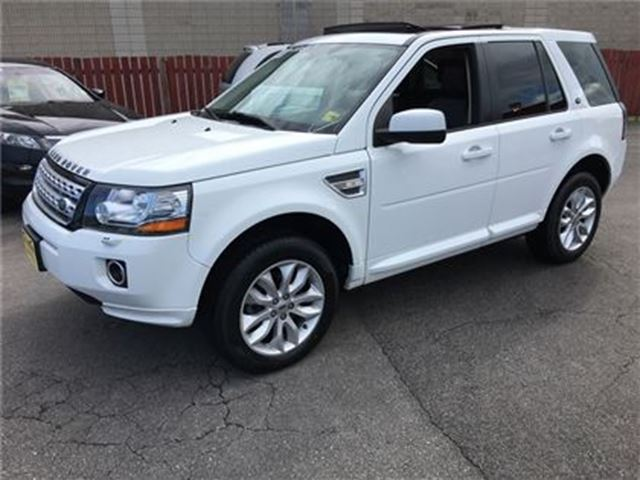 2013 LAND ROVER LR2 HSE, Automatic, Leather, Panoramic Sunroof, AWD in Burlington, Ontario